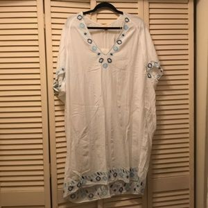 White Embroidered Beach Cover/Pajamas/Tunic (New)